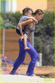 Nicole Richie with the boy
