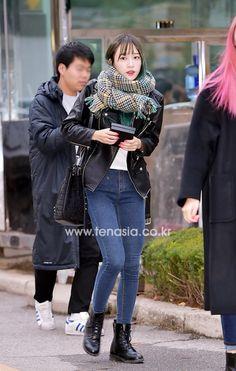 EXID Hani fashion going to Music Bank [151120]