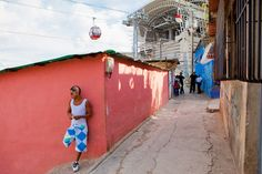 metro cable, san agustin, caracas, venezuela, 2007 – 2010, photo by daniel schwartz courtesy of urban-think tank