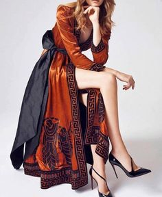 Discover recipes, home ideas, style inspiration and other ideas to try. Paris Chic, Look Fashion, High Fashion, Womens Fashion, Fashion Flats, 90s Fashion, Winter Fashion, Fashion Trends, Mode Abaya