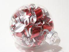 Lavoretti di natale con materiale riciclato, la palla - La palla da appendere al vostro albero di Natale