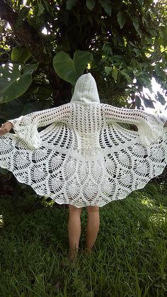 This is a pattern for the Fairy Queen coat. This digital pattern contains 20 full pages of photos, and written instructions to walk you though the entire creation process! Custom Fairy Queen Coat / Fairy King / Bridal/ Festival Coat/ Pineapple crochet / M Gilet Crochet, Crochet Coat, Crochet Jacket, Crochet Cardigan, Crochet Shawl, Crochet Clothes, Lace Cardigan, Ravelry Crochet, Pineapple Crochet