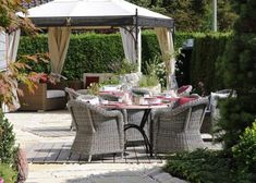 25 Metal Gazebo Designs and Great Outdoor Furniture Placement Ideas ...