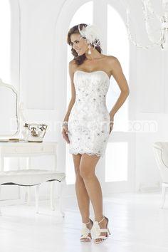 Chic Sheath/Column Strapelss Short/Mini Appliques Wedding Dresses