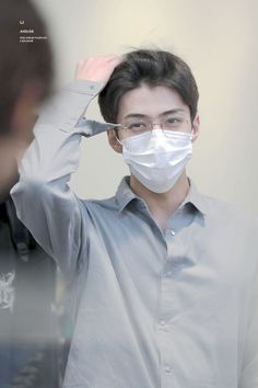 Sehun - 160816 Tokyo Airport, departing for Gimpo Credit: Aiolos. Chanyeol, Kyungsoo, Exo Exo, Rapper, Exo Members, Chinese Boy, Airport Style, Airport Fashion, Saranghae
