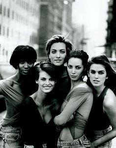 Faces of Fashion - Naomi Campbell, Linda Evangelista, Tatjana Patiz, Christy Turlington and Cindy Crawford - 1989 -  Photo by Peter Lindbergh - @~ Mlle