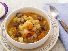 Kartoffel-Bratwurst-Eintopf ist ein Rezept mit frischen Zutaten aus der Kategorie Eintöpfe. Probieren Sie dieses und weitere Rezepte von EAT SMARTER!