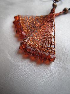 Náušnice « Galerie | PALIČKOVANÁ KRAJKA - Romana Kdýrová Lace Art, Fabric Yarn, Lace Jewelry, Lace Making, How To Make Earrings, Bobbin Lace, String Art, Diy Clothes, Lace Detail