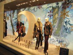 Winter in the shop window. Winter in de etalage.