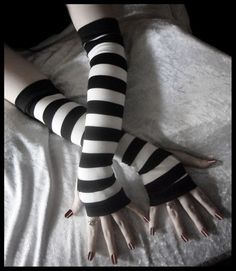 Arm Warmers - Black and White Striped - Yoga Gothic Bellydance | ZenAndCoffee - Accessories on ArtFire