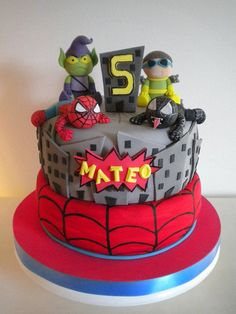 Torta Spiderman by Pastelera Bakery Shop, via Flickr