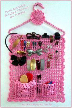 Risultati immagini per organizadores em crochet Crochet Home, Crochet Gifts, Cute Crochet, Crochet For Kids, Knit Crochet, Crochet Owls, Crochet Animals, Crochet Organizer, Knitting Patterns
