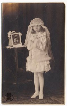 Christian Ceremony First Holy Communion Child Girl white veil old orig photo.  Saved from Ebay