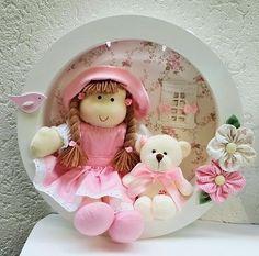 porta maternidade, quadro, decoração, porta retrato, quadro com nome, quadro de rei, urso rei, boneca, urso, boneco, ursinha, quarto de bebe, enxoval, decoração de quarto de bebe, bebe - sonhos e lembranças