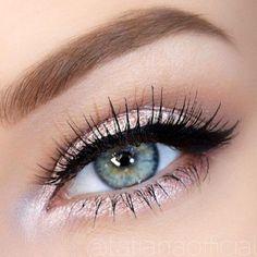 Beautiful makeup look for blue eyes. For the girl who likes a little bling. Prom eye makeup? Rose Glitter Eye Makeup #makeup #eyeshadows #ellablissbeautybar