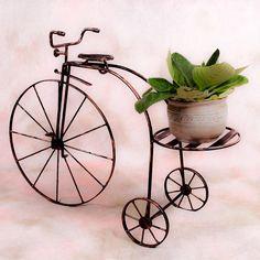 Tricikli virágtartó egy virághellyel