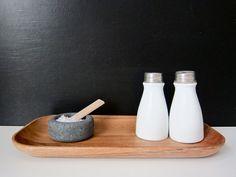 Muuto- fingersalt thingy and old salt