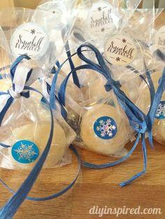 Snowball Playdough Frozen Party Favors Plus Several Birthday Ideas