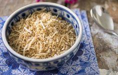 Receita Dedo de Moça: Farofa de coco fresco com xerém