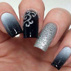 Black nails. Polish. Nail art. Nail design. thepolishedokie