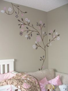 Simple bedroom mural to match bedding