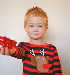 toddler christmas photography I want to cut my sons hair just like this! :D