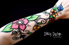 Pretty painted arm design - would also make a gorgeous tattoo