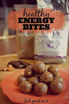These dark chocolate almond bites are full of healthy ingredients, protein and fiber for a natural energy boost! Perfect for a mid-afternoon snack! Feel Great in 8 #healthy #energy #snack #protein