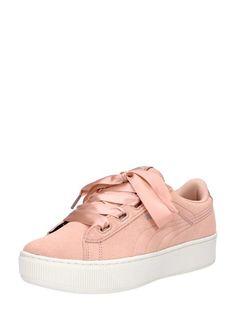 7b91d986be1 Deze geweldige Vikky Platform Ribbon S dames sneakers zijn geïnspireerd op  de klassieker van Puma,