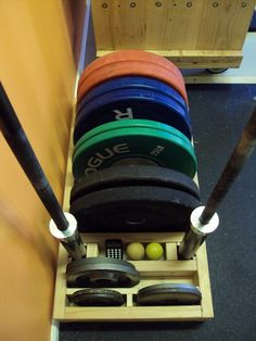 Gimnasio en casa Weight Rack More Acne - Basic Things You Need To Know Article Body: For those that Home Made Gym, Diy Home Gym, Home Gym Decor, Gym Room At Home, Crossfit Garage Gym, Home Gym Garage, Basement Gym, Diy Gym Equipment, No Equipment Workout