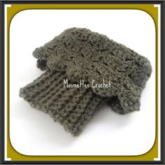 🆕 Boot Cuffs Crochet Toppers Green Handmade Handmade crochet. Reversible, wear ribbed side for a casual look, or lacy scallop edge for a fall fashion, fancy trendy look.  Wear these chunky boot cuffs straight up, or fold over top of boot.  Made from soft acrylic yarn in shades of Heather Forest Mist Green  Ribbed bottom stretches to fit most calf sizes.  Machine Wash  Crochet Handmade in USA 🇺🇸 🚫 Trades Handmade Accessories Hosiery & Socks
