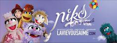 Niko et ses puppets – Artiste du merveilleux Moment, Puppets, Prayers, Audio, Christmas Ornaments, Holiday Decor, Artist, Black Goddess, Christmas Jewelry