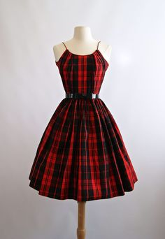 Vintage Fashion Vintage Red Plaid Party Dress Red Full by xtabayvintage - Vintage Outfits, 1950 Outfits, 1940s Dresses, Dress Vintage, Vintage Clothing, 1950s Fashion, Vintage Fashion, Club Fashion, Vintage Style Outfits