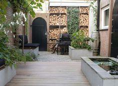 Home Garden Design, Home And Garden, Garden Slabs, Diy Garden Furniture, Small Courtyards, Garden Yard Ideas, Outdoor Living, Outdoor Decor, Outdoor Spaces