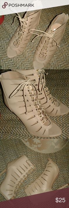 "HOTT 4"" Gladiator Lace ups😰 🔮Yes SAVING is your future!!These never before been worn, lace up Gadiator Sandals are great for cuffed ripped jeans and a tank or a night out on the town !They sit right below the calf (Im 5'2)and the heel measures exactly at 4""Get them while supplies last. 😮🙋Feel free to message me below 👇 for QnA's.HAPPY SHOPPING! Shoes Sandals"