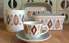 Vintage Dishes, Vintage China, Vintage Ceramic, Vintage Kitchen, Ceramic Tableware, Porcelain Ceramics, Kitchenware, Scandinavian Pattern, Scandinavian Modern