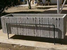 Concrete Planter ::: concrete in the landscape Large Concrete Planters, Large Garden Planters, Concrete Pots, Concrete Crafts, Concrete Projects, Concrete Design, Diy Planters, Concrete Board, Succulent Planters