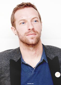 buckin-love:  → 35/ ∞ pictures of Chris Martin