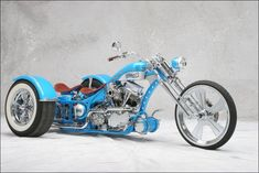 Outlaw Trike built by Covingtons Customs of U. Custom Moped, Custom Trikes, Custom Choppers, Custom Motorcycles, Badass Motorcycle Helmets, Chopper Motorcycle, Girl Motorcycle, Motorcycle Quotes, Vw Trike