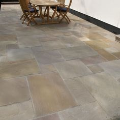 Natural Paving 'Cragstone' - Antique Sandstone