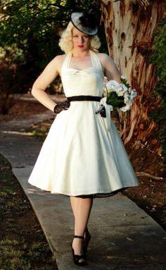 Vintage Tea-length Wedding Dress for Second Wedding. 1950s Inspired Wedding Dress for Older Bride over 40,50,60.