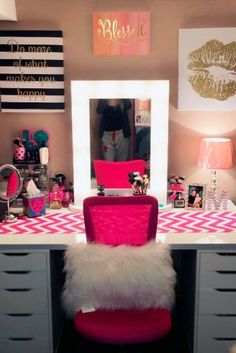 Makeup Vanity Table Designs ★ See more: http://glaminati.com/makeup-vanity-table-designs/