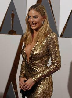 "sexyandfamous: ""Margot Robbie """