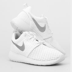 Nike Roshe One Br PLEASE READ!!! Lowballers will be blocked and ignored!  NO Trades Please don't ask. No Holds❌   Please submit all offers through the offer button!  ☑️  Brand new with tags. Size 9 (Women's.) Comes with original box with a missing lid.   I inspect all my items before I ship them out so please be sure to read descriptions before purchasing to prevent any miscommunication.Please ask any questions that's not already in the description Nike Shoes Athletic Shoes