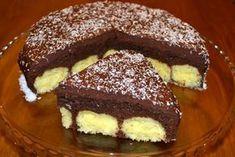 Prajitura cu ciocolata si bile de cocos Romanian Desserts, Romanian Food, Cake Recipes, Dessert Recipes, Christmas Sweets, Food Cakes, Hungarian Recipes, Cream Cake, Diy Food