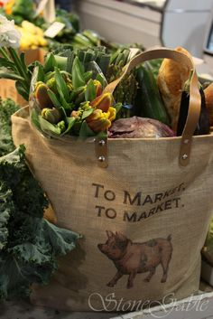 Love grocery shopping at the local farmer's market! Farm Shop, Farm Stand, Down On The Farm, Market Bag, Play Market, Country Living, Country Life, Country Strong, Country Charm