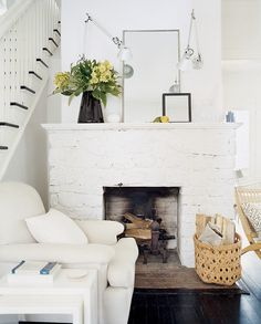 OK, so maybe white paint is a no-brainer for perking up gloomy interiors, but picking the right white? Easier said than done. Luckily, designer Amber Lewis has a list of her favorite white paints.  Source: Domino