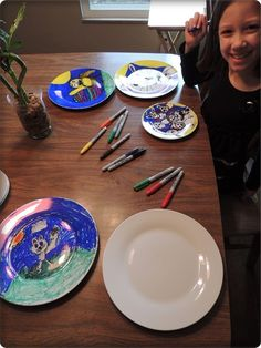 DIY Kid Created Plates: Perfect as gifts to grandparents, or just family dinner. Have the kids draw with sharpies on glass plates. Preheat oven 350F, bake 30 mins to let color set.