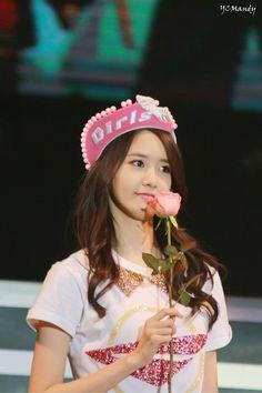 2014, yoona, macau, world tour,3rd concert,cute yoona, flower