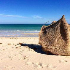 Tocando el Mediterráneo desde la Isla de Djerba Túnez.  #HistoriasZurich